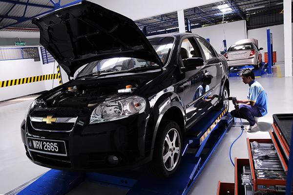 Framingham American Auto Service, Framingham MA and Natick MA, 01702 and 01760, Auto Repair, Chrysler Repair, Ford Repair, Chevy Repair and GM Repair