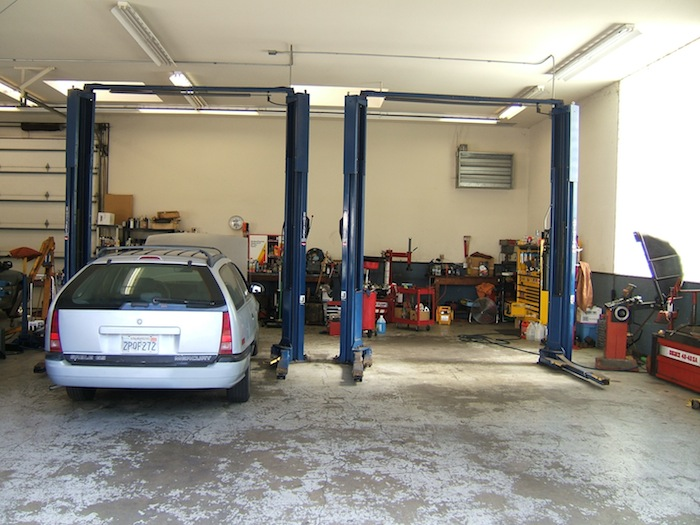 J & D Auto Repair, Sand City CA and Seaside CA, 93955, Auto Repair, Engine Repair, Brake Repair, Transmission Service and Smog Inspections and Repairs