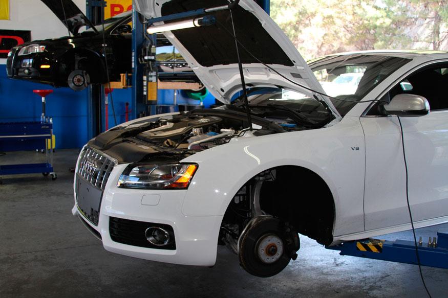 Hayes Import Auto, Longmont CO, 80501, Volkswagen Repair, Audi Repair, BMW Repair, Toyota Repair and Honda Repair