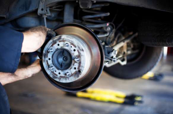 Pete's Automotive Engine & Brake Repair, Thousand Palms CA and Palm Desert CA, 92276 and 92260, Engine Repair, Brake Repair, Engine Service, Head Gasket Repair and Brake Service
