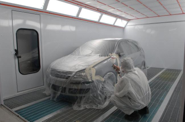 Koester Auto Body, Sherman Oaks CA, Studio City CA and Encino CA, 91403, 91604 and 91316, Auto Body Repair, Collision Repair, auto glass repair, Dent Removals and Auto Paint Work