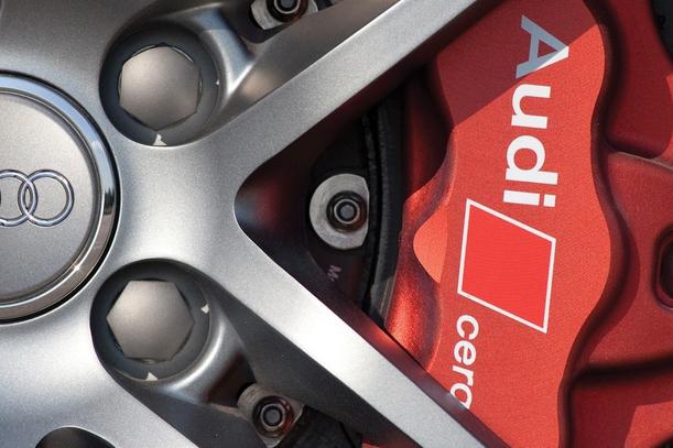 Pro Central Automotive Brakes, Prince George BC, V2N 1T2, Brake Repair, Brake Pad Replacement, Brake Rotor Replacement, Brake Diagnostics and Wheel Alignment