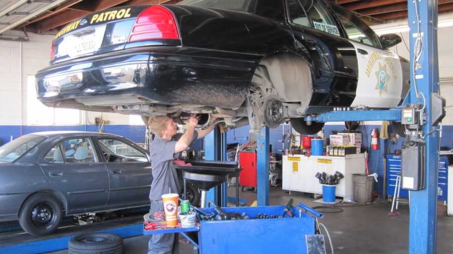 Dependable Car Care Auto Repair, Ventura CA, 93004, Auto Repair, Engine Repair, Brake Repair, Transmission Repair and Auto Electrical Service