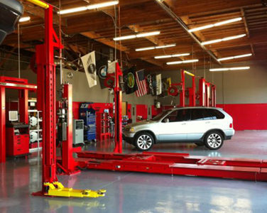 Mekaniks Plus, Camarillo CA and Ventura CA, 93012 and 93003, Auto Repair, Brake Repair, Engine Repair, Transmission Repair and Auto Electrical Service