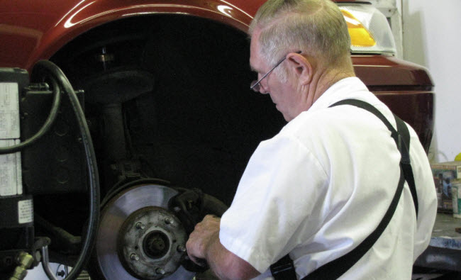 Kens car care center auto repair corvallis or engine for Doc motor works auto repair
