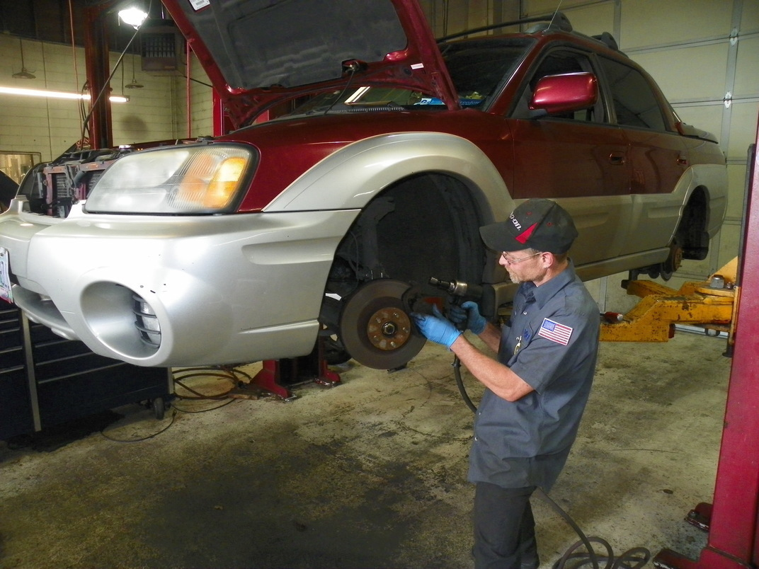 STAR Automotive, Grants Pass OR, 97526, Auto Repair, Engine Repair, Brake Repair, Transmission Repair and Mini Repair