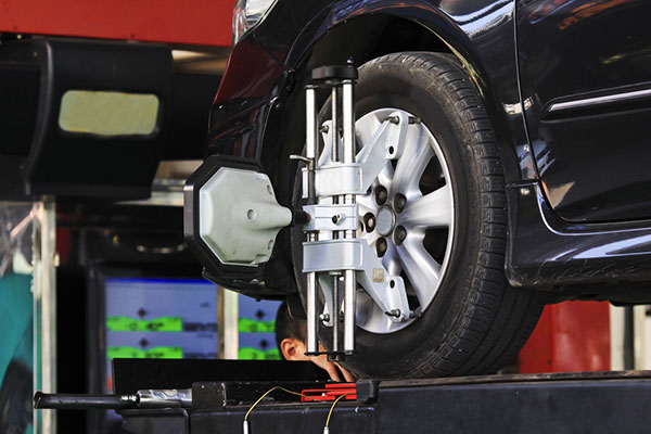 Pro Central Automotive Brakes, Prince George BC, V2N 1T2, Brake Repair, Brake Pad Replacement, Brake Rotor Replacement, Brake Diagnostics and Wheel Alignment