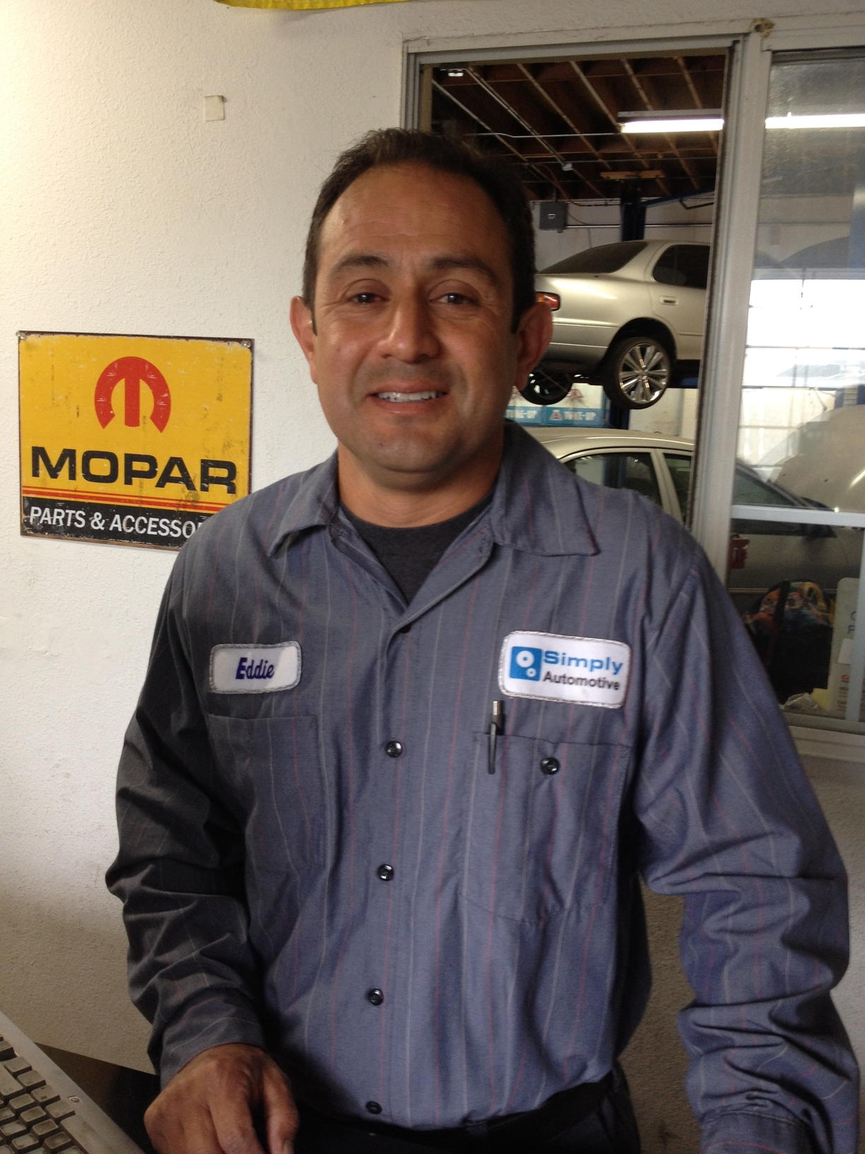 Simply Automotive, Goleta CA, 93117, Auto Repair, Engine Repair, Brake Service, Timing Belt Replacement and Oil Change Service
